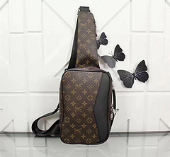 Louis Vuitton ルイヴィトン 胸バッグ メンズ M42906 最高品質コピーバッグ